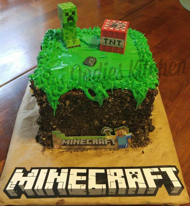 Jodies Kitchen: Minecraft Cake