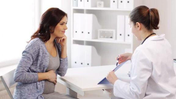 ibu hamil jumpa doktor dapat nasihat