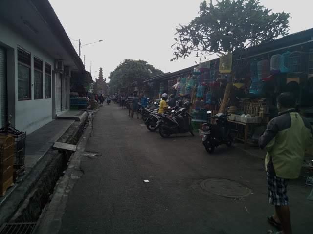 Pasar-Burung-Satria
