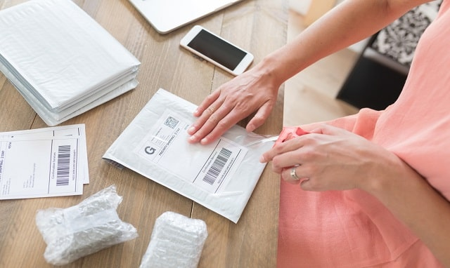 how to lower postage fees reduce shipping costs small business
