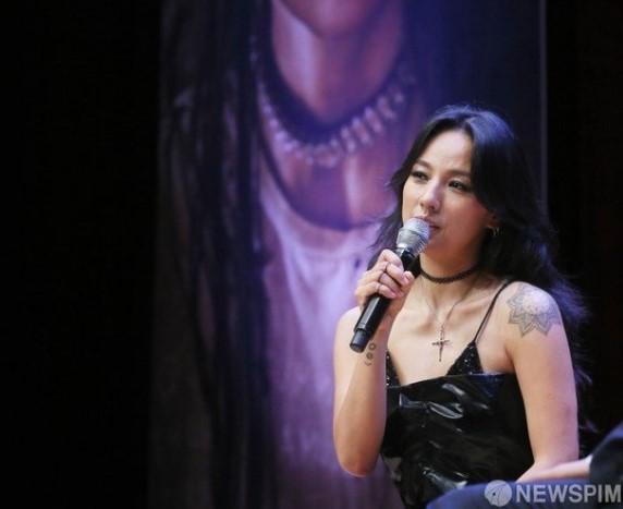 Lee Hyori Esteem Entertainment ile anlaşma imzaladı