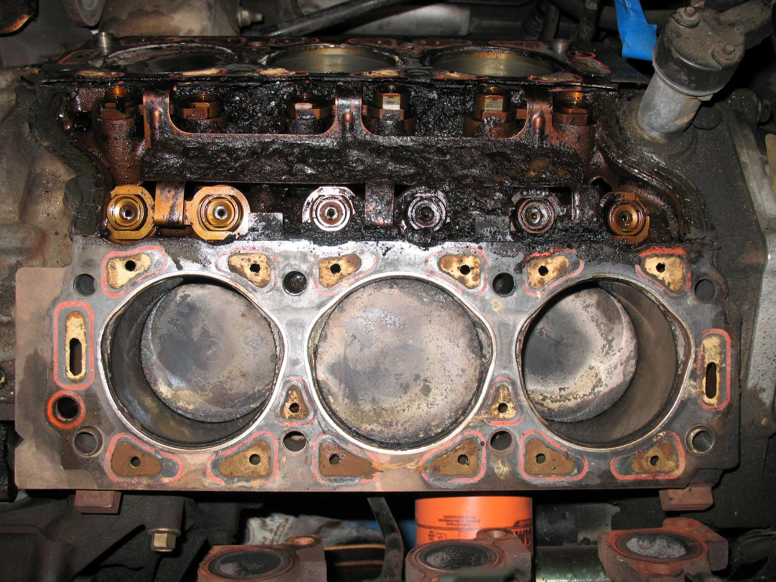 Symptoms Of A Blown Head Gasket Radiator Helpline Jeep Wrangler Leaking Coolant