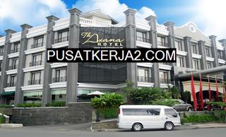 Lowongan Kerja Padang SMA SMK Februari 2020 niversal The Axana Hotel