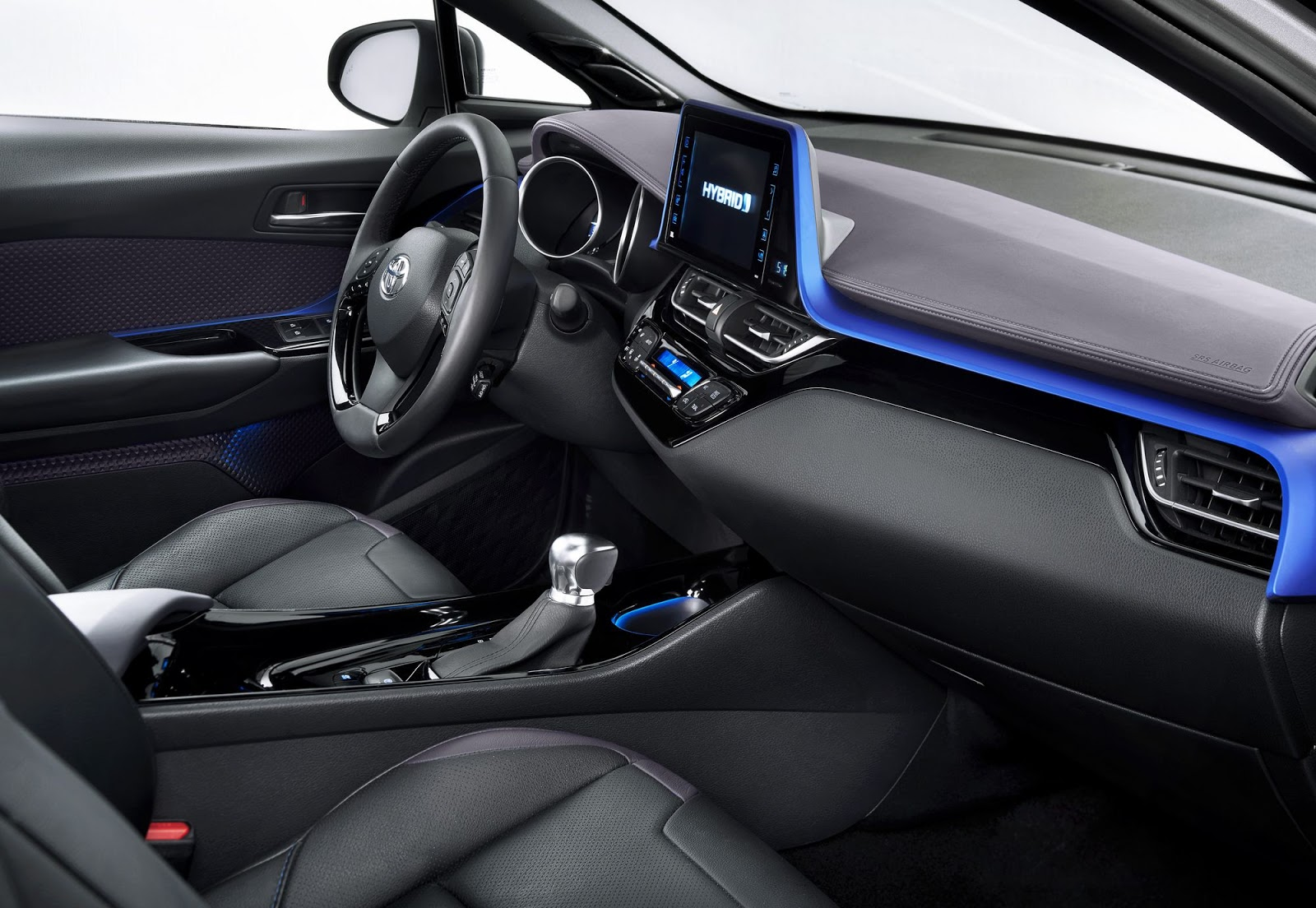 Source Http Www Carscoops 2016 09 Toyota C Hr Debuts In Full With Three Html