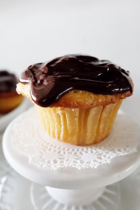 Boston Creme Pie Cupcake