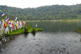 Khecheopalri Lake Travel Guide - Best Time To Visit and Tourist Attraction