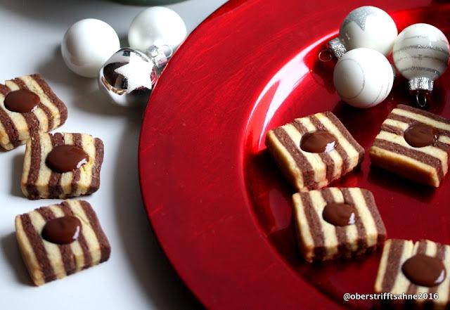 Plätzchen mit Schokoladenkern