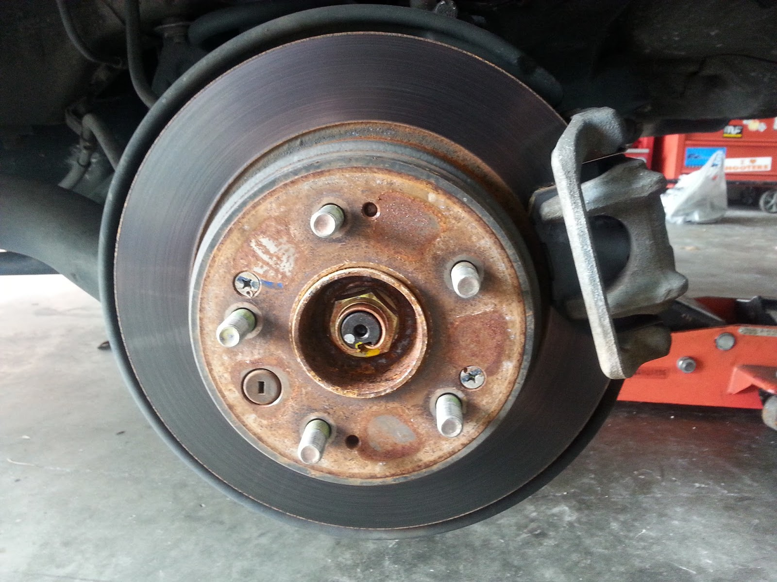Brakes And Rotors >> Corolla Diy Diy Replace Rear Brakes And Rotors 2000 Honda Crv