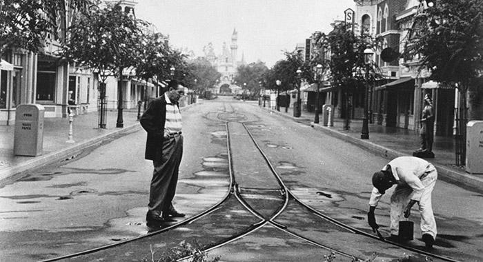 Walt en Disneyland