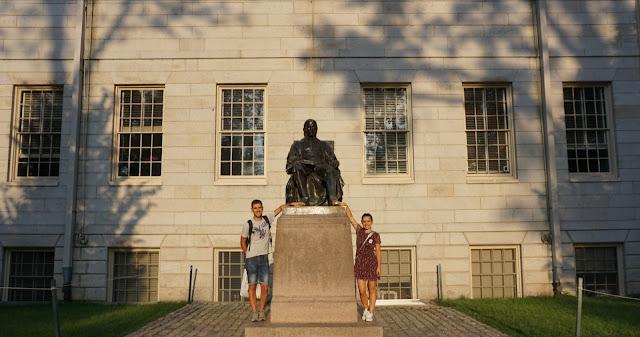 john harvard statua università harvard