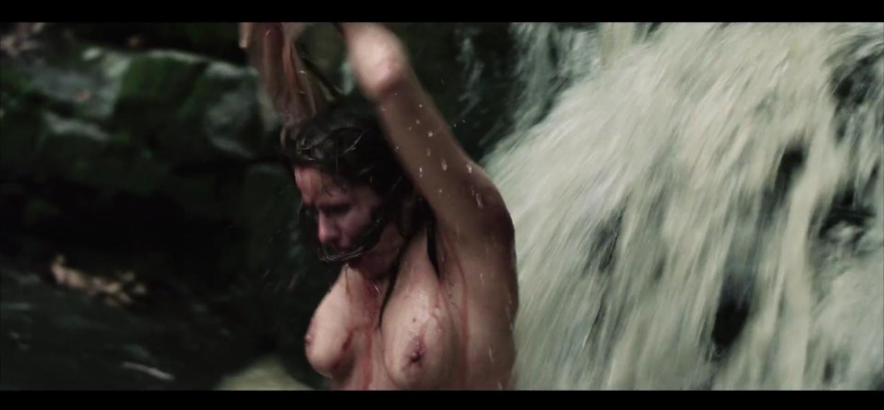Juliet Reeves Nude 43