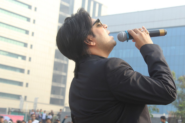 9. Ankit Tiwari Performing