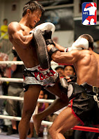 buakaw knee strike training