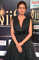 Esha Gupta in a Deep Neck Sleeveless Dark Green Gown at IIFA Utsavam Awards 2017     38.JPG