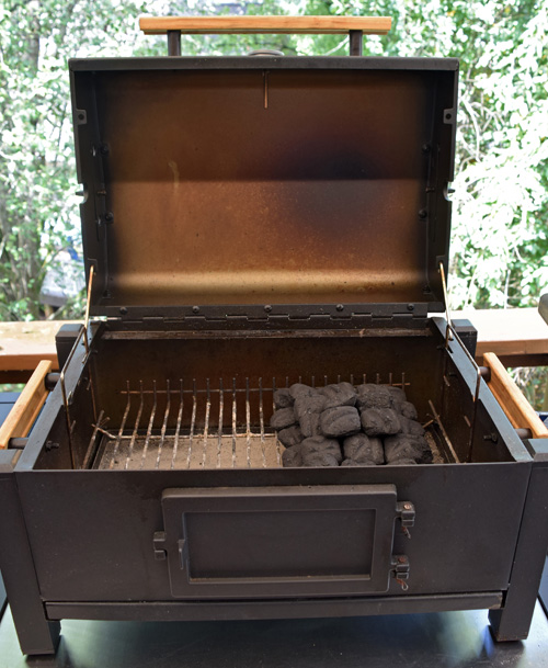 Setting up a two-zone fire in a small, tabletop grill from Charbroil