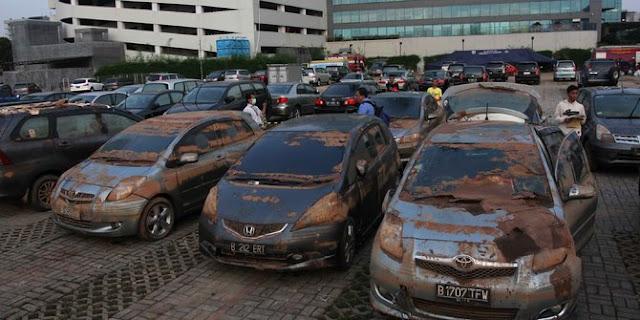 Cara Mengenali dan Mendeteksi Mobil Bekas Banjir