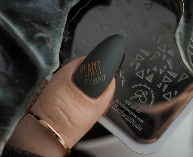 Clear Jelly Stamper redhead nails