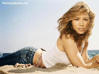 Jessica Biel (Texas Chainsaw Massacre)