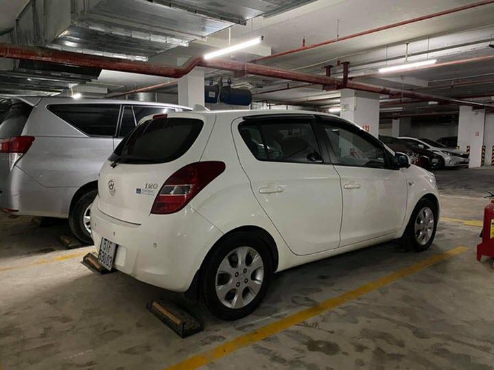 Hyundai i20 sau 10 năm sử dụng giá ngang Kia Morning