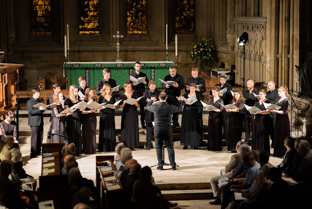 Southwell Festival Voices and Marcus Farnsworth (Photo Nick Rutter)