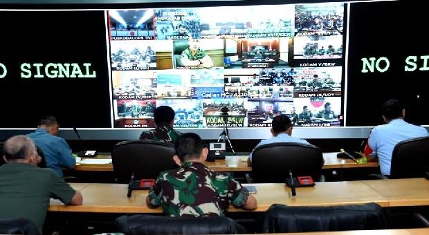 Panglima TNI Gelar Video Conference Dengan Pangkotama