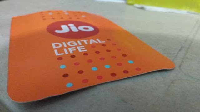 Jio – Get Free 13 GB Data + 500 Minutes In Just ₹71
