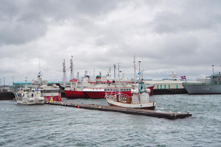 Port de la ville de Reykjavik en Islande