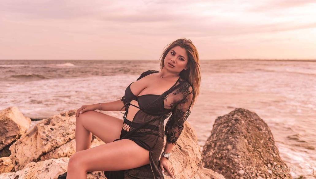 https://www.glamourcams.live/chat/MayaRivassX