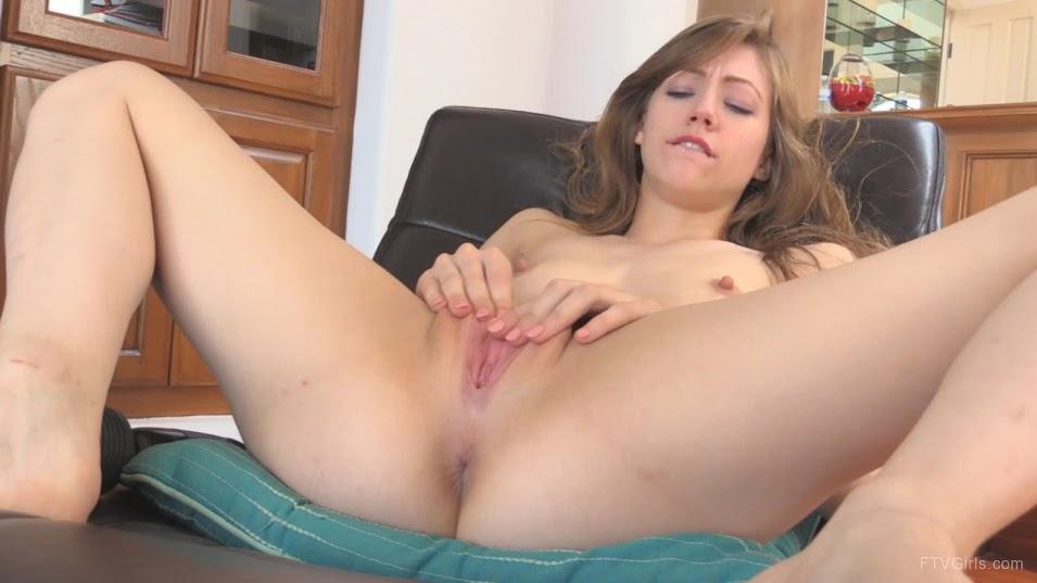 [FTVGirls] Ivy - Wild Masturbation ftvgirls 03230