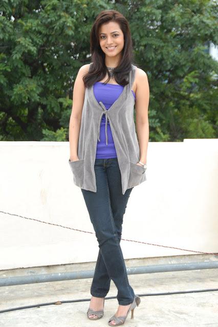 Actress Nisha Agarwal Latest Cute Pics Actress Trend