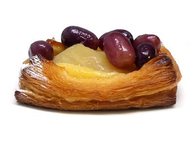 洋梨と葡萄のデニッシュ | BOULANGERIE L'écrin(ブーランジェリーレカン)