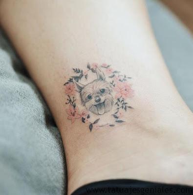 Tatuaje de perro Tobillo