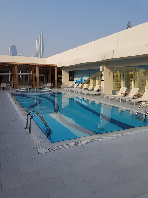 Al Maha Arjaan by Rotana-Abu Dhabi-piscina
