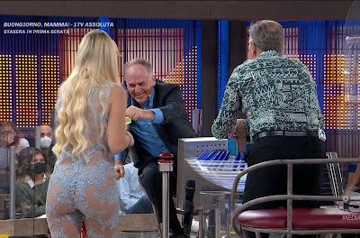 Bonasorte Francesca Brambilla e concorrente Donato invito a cena