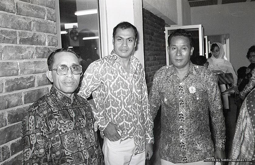 Seniman Lagenda Jins Shamsuddin