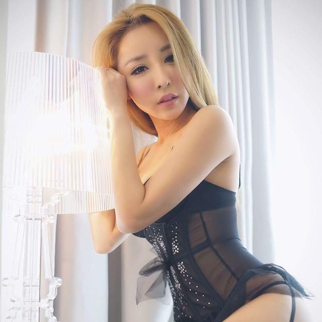 Kumpulan Gambar Foto Tante Hot Montok 8