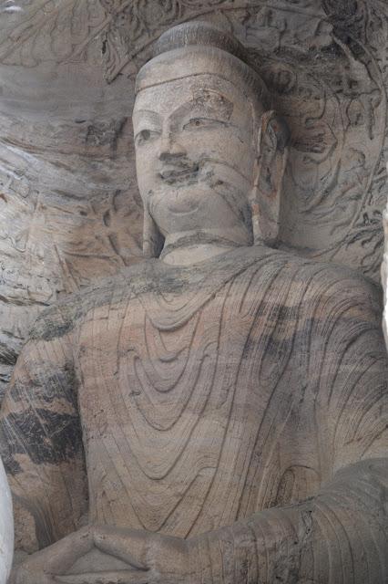 Bouddha géant aux caves de Yungang à Datong