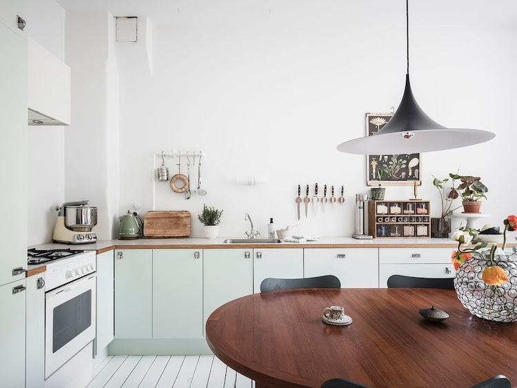 5 Great Design Tricks To Learn From a Small Swedish Space