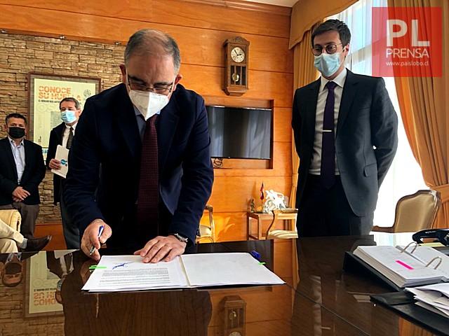 Osorno: municipio firma acuerdo con ESSAL