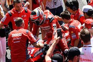 https://1.bp.blogspot.com/-hQEP3BMyUcQ/XRXhkj4VVsI/AAAAAAAAFKA/Op0MSwgLK5scwS0duLvp-7boG_BjLGTlgCLcBGAs/s320/Pic_MotoGP-_060.jpg