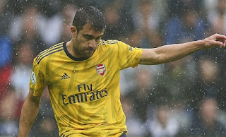 Olympiacos in a shock move for Arsenal defender Sokratis