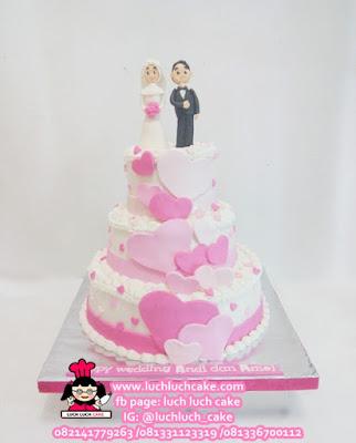 Kue Tart Pengantin Tingkat 3 Tema Love Pink