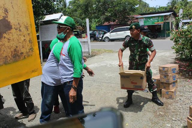 Prajurit Kostrad Kunjungi Rumah Yatim dan Dhu'afa SP 1 di Timika