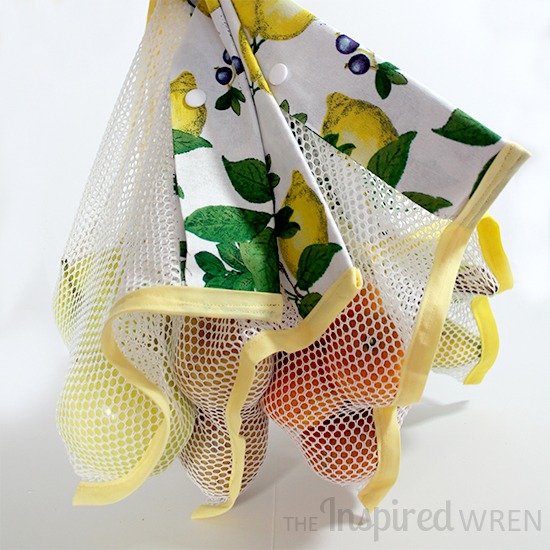 Sew a Simple Mesh Bag with a snap (or button) closure great for produce! | The Inspired Wren
