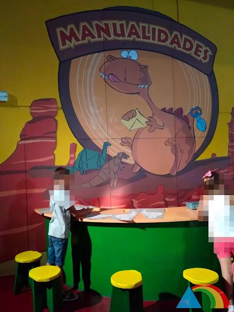 Sala de juegos en Dinópolis Teruel