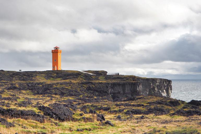 Falaises de Öndverðarnes en Islande