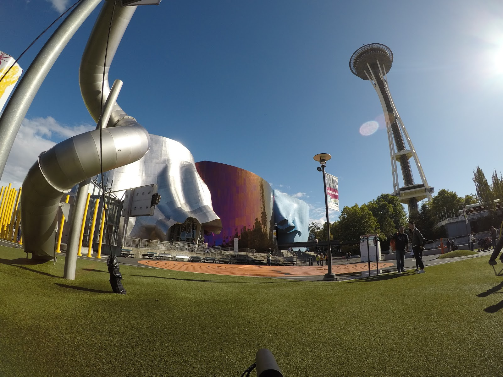 Artists at Play, Museum of Pop Culture e Space Needle, em Seattle