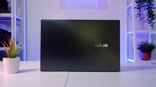 laptop premium asus zenbook