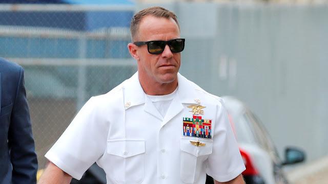 EE.UU. retira medallas a los fiscales del caso contra un militar de los Navy SEAL que apuñaló a un miembro del EI
