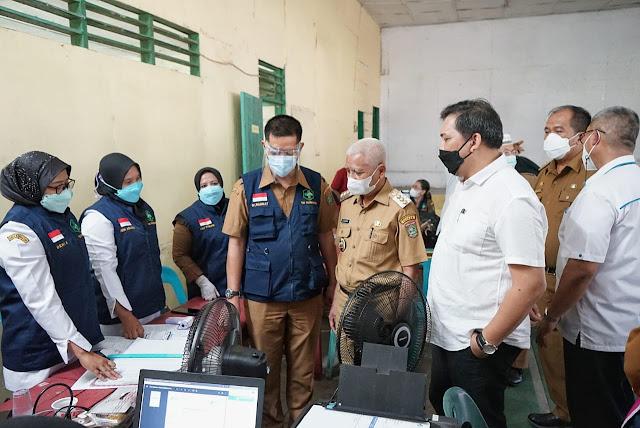 Bupati dan Wakil Bupati Asahan Meninjau Pelaksanaan Vaksinasi di PTPN IV Kebun Pulo Raja